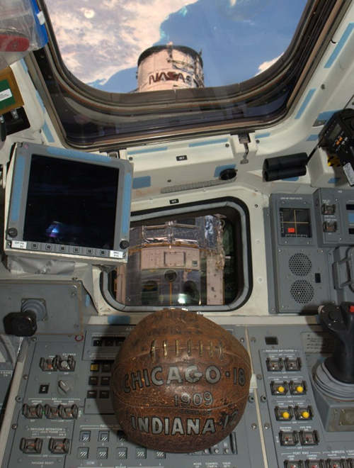 Hubble's basketball on Atlantis, 2009